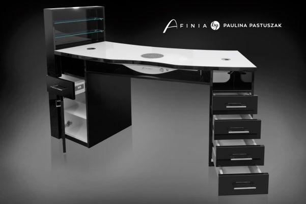 Czarne biurko do manicure projektu Pauliny Pastuszak 160 x 52